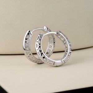 Jewelry - 18K White Gold Carved Huggie Hoop Earrings GF 16mm